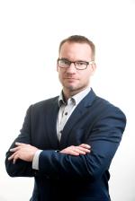 """Za Solární asociaci na ENERGO SUMMITU vystoupí pan Tomáš Buzrla na téma """"Fotovoltaika jako součást moderní energetiky"""""""