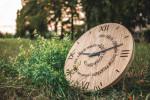 Vyhrajte dřevěné hodiny na veletrhu FOR WOOD